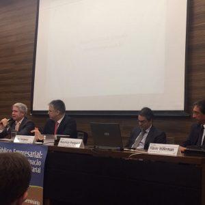 O Prof. Rafael Oliveira, Sócio Do ROAA, Palestrou No Seminário Sobre Direito Público Empresarial No TRF Da 2a. Região